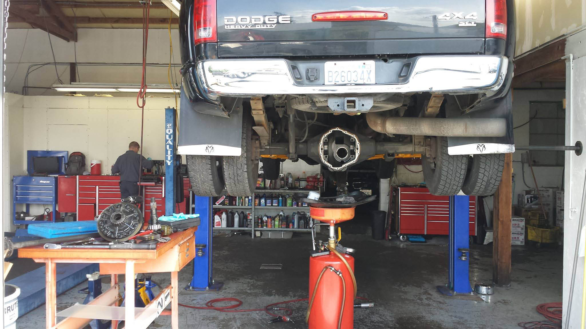 Sumner, WA - Car Smart Automotive Service - auto repair - auto repair shop - reputable auto technicians