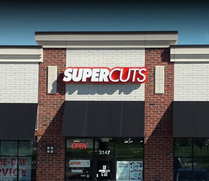 photo of exterior of Super Cuts in Rochester Hills, Troy or Sterling Heights, MI