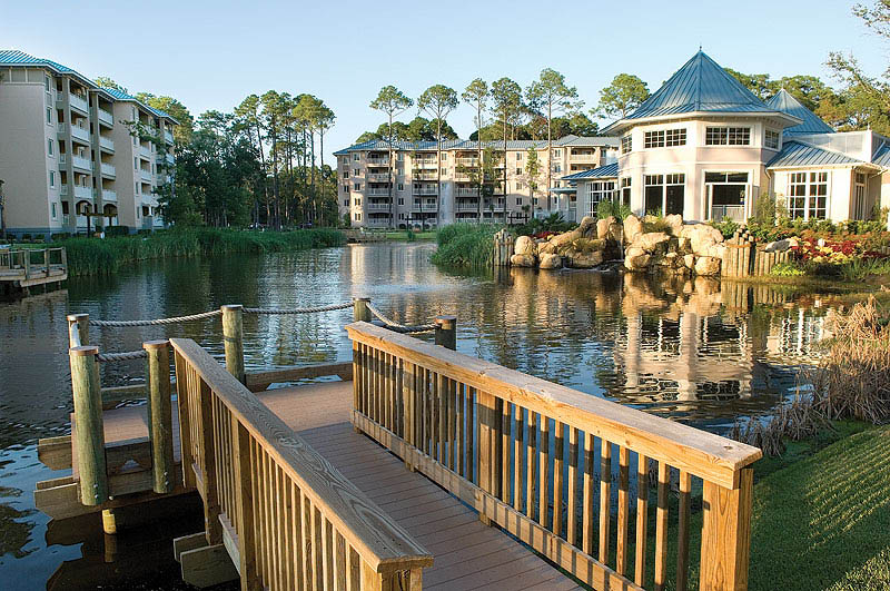 Marriott's SurfWatch exterior pond at a Marriott Vacation Club - apply online
