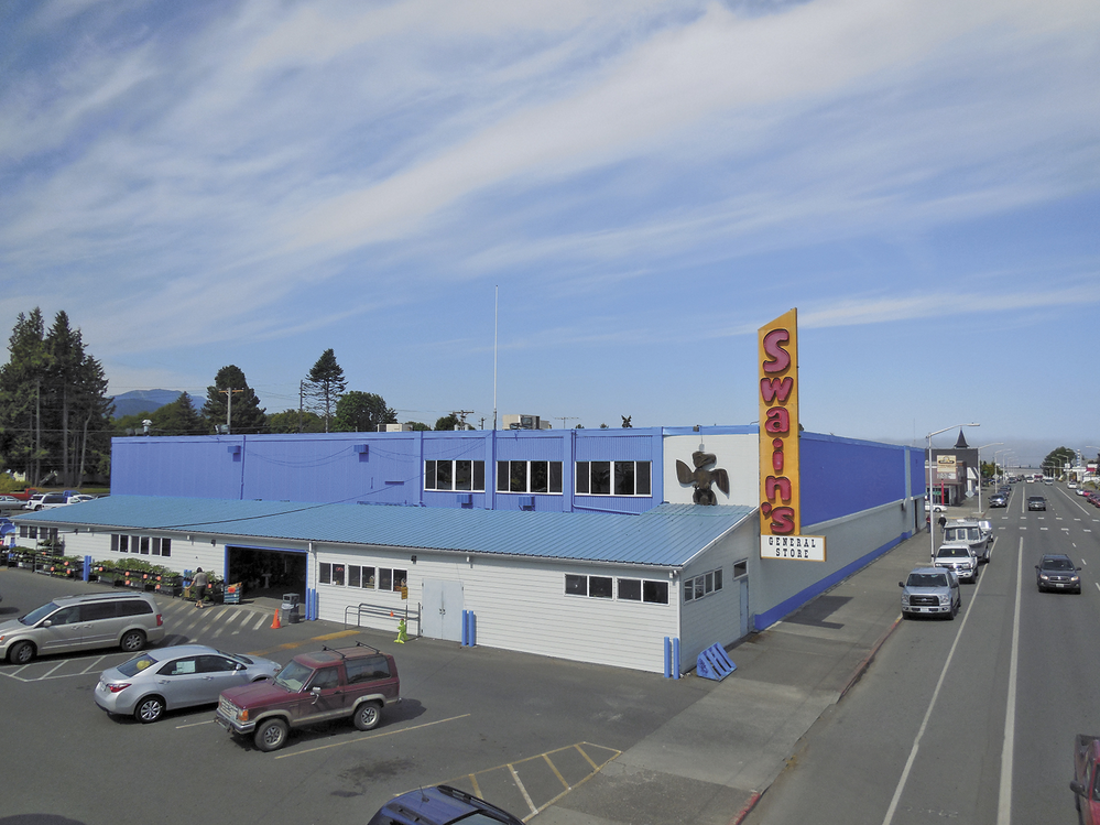 Hardware store in Port Angeles