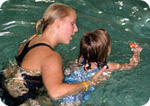 Swimtastic swim school in Franklin Wisconsin servicing all the surrounding cities Greendale, Oak Creek and Franklin can help your kids become strong swimmers.