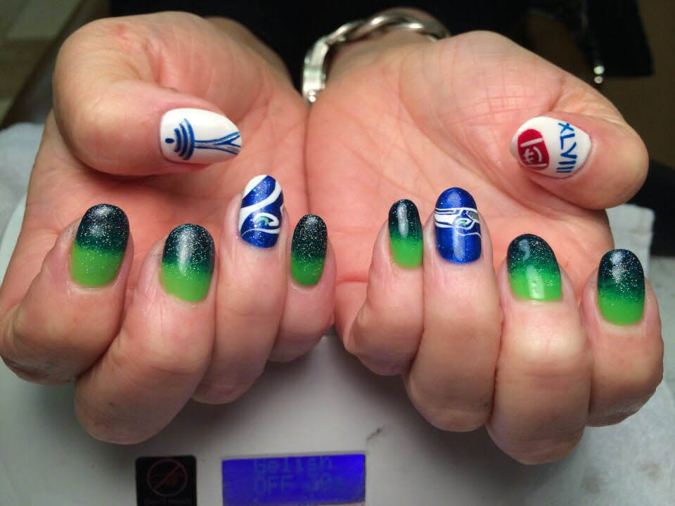 T Spa Nails and Lacey Nails - Seahawks nail art - nail design - Olympia nail salons - Tumwater nail salons - Lacey Nail Salons