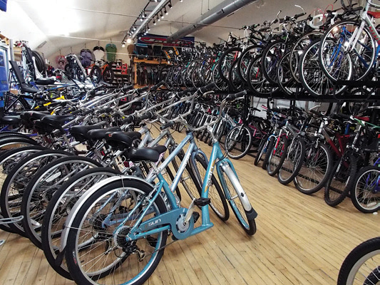 TRAILSIDE CYCLE road bikes, Mountain bikes and motor bikes near Muskego Southeast Wisconsin