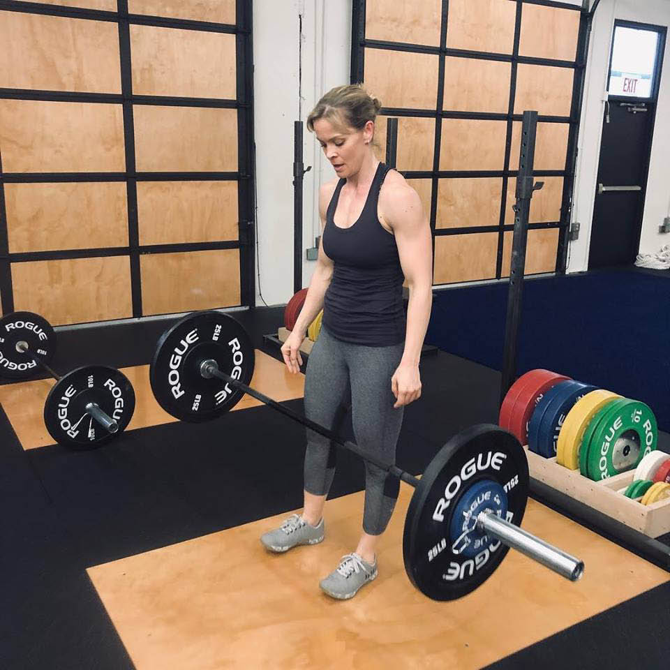 The Armory fitness club in Bothell, WA - open gym weightlifting - cardio - get fit - get healthy - work out - workouts - health club coupons near me - fitness club coupons near me