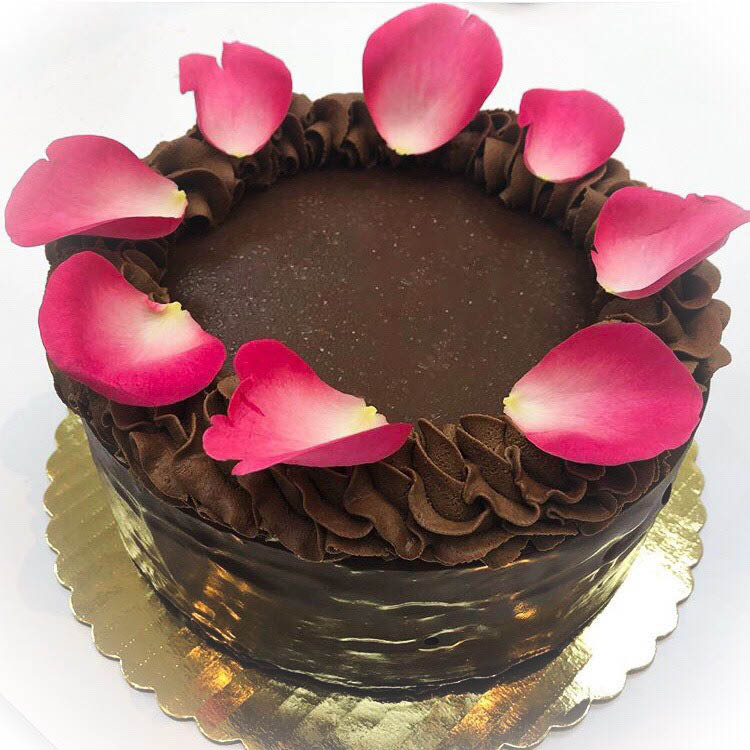 The London Pastry - cakes and desserts - bakery in Redmond, WA - Redmond bakery - bakeries near me - bakery near me - bakery coupons