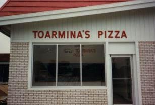 photo of the original Toarmina's Pizza location