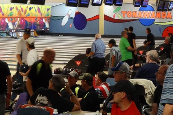Bowling leagues in Tonawanda