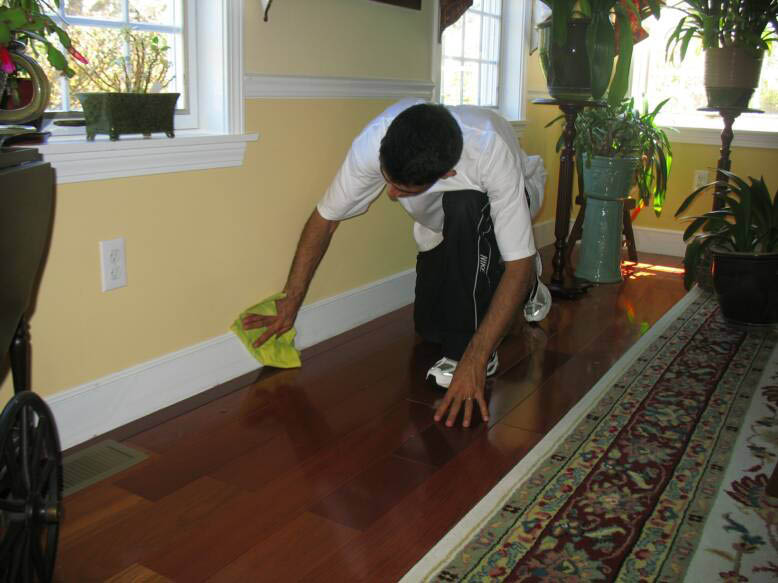 house,cleaning,top-to-bottom,affordable rates,same day services,housekeeper,cleaning lady,best cleaner,ceiling,lights,moldings,mirrors,floors,disinfected,appliances,cobwebs,sink,bathroom,windowsill,dust,mop,wash,furniture,baseboards,woodwork,mildew,mold