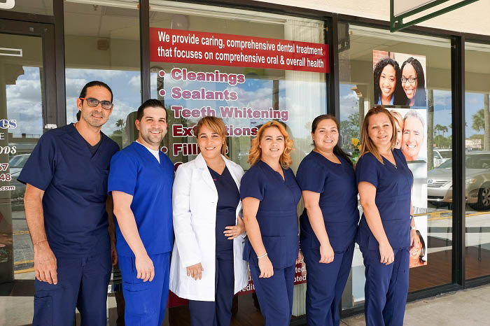 Trained dental staff near Oakland Park