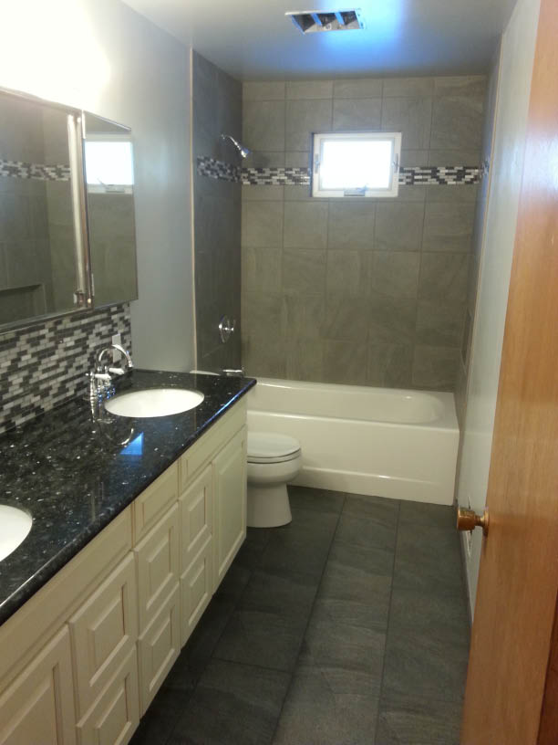 Tubro Construction in Auburn, WA does complete bathroom remodels and kitchen remodels