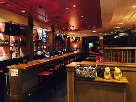 Urban Elk Restaurant - full bar - in Tacoma, WA - at the Allenmore Golf Course