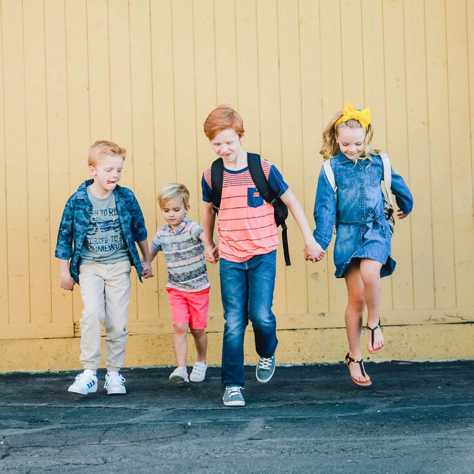 Buy and sell gently used kids clothing and toys at Kid to Kid in Kent, Washington - get cash for kids' clothing and toys
