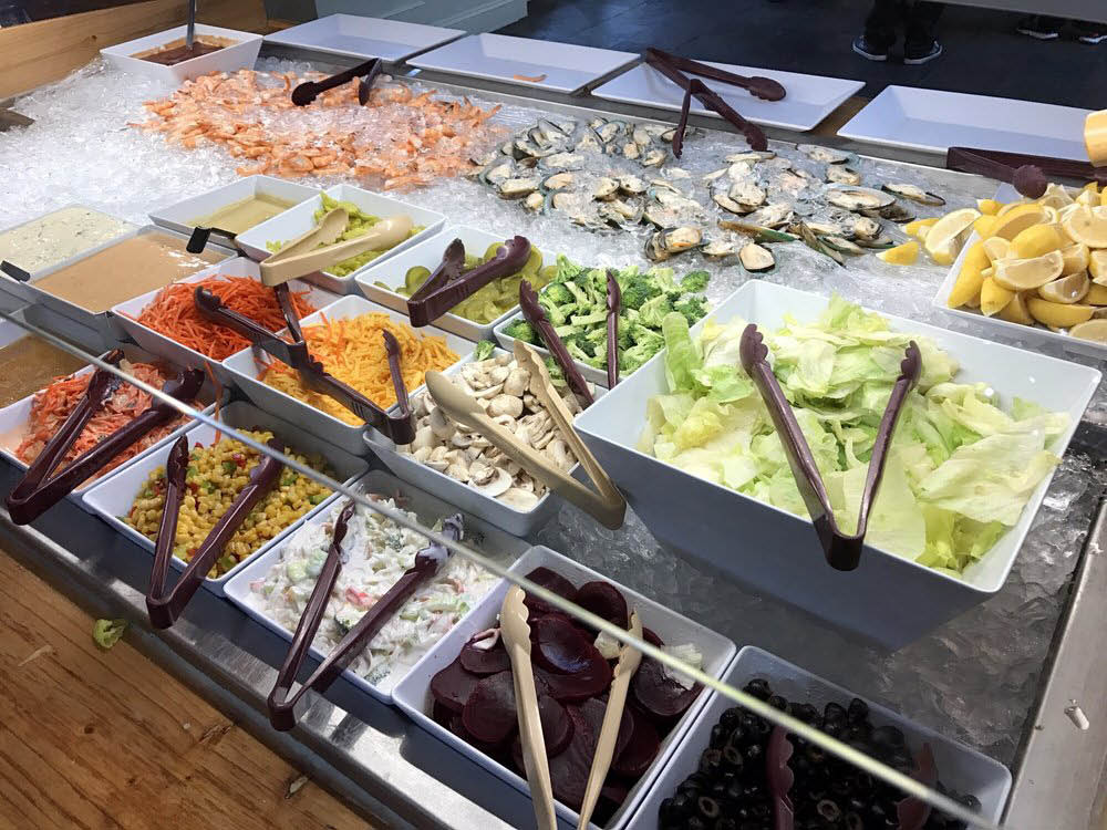 Always fresh ingredients served at V Star Buffet in Everett, Washington - Asian buffet - Western buffet - sushi buffet - seafood buffet - Everett buffet restaurants