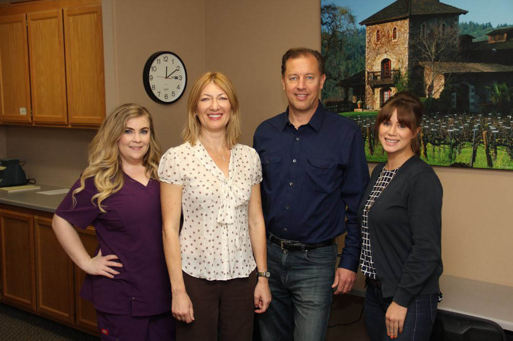 For wonderful and caring dental staff at a dentistry near Cotati, CA, come to Valeria Lawrence, DDS in Santa Rosa.
