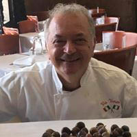 We are a family owned, authentic Italian restaurant in Chicago. Come taste amazing authentic Italian food from Chef Tony Barbanente.
