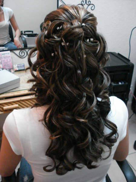 Hair styles and haircuts for women near Downers Grove