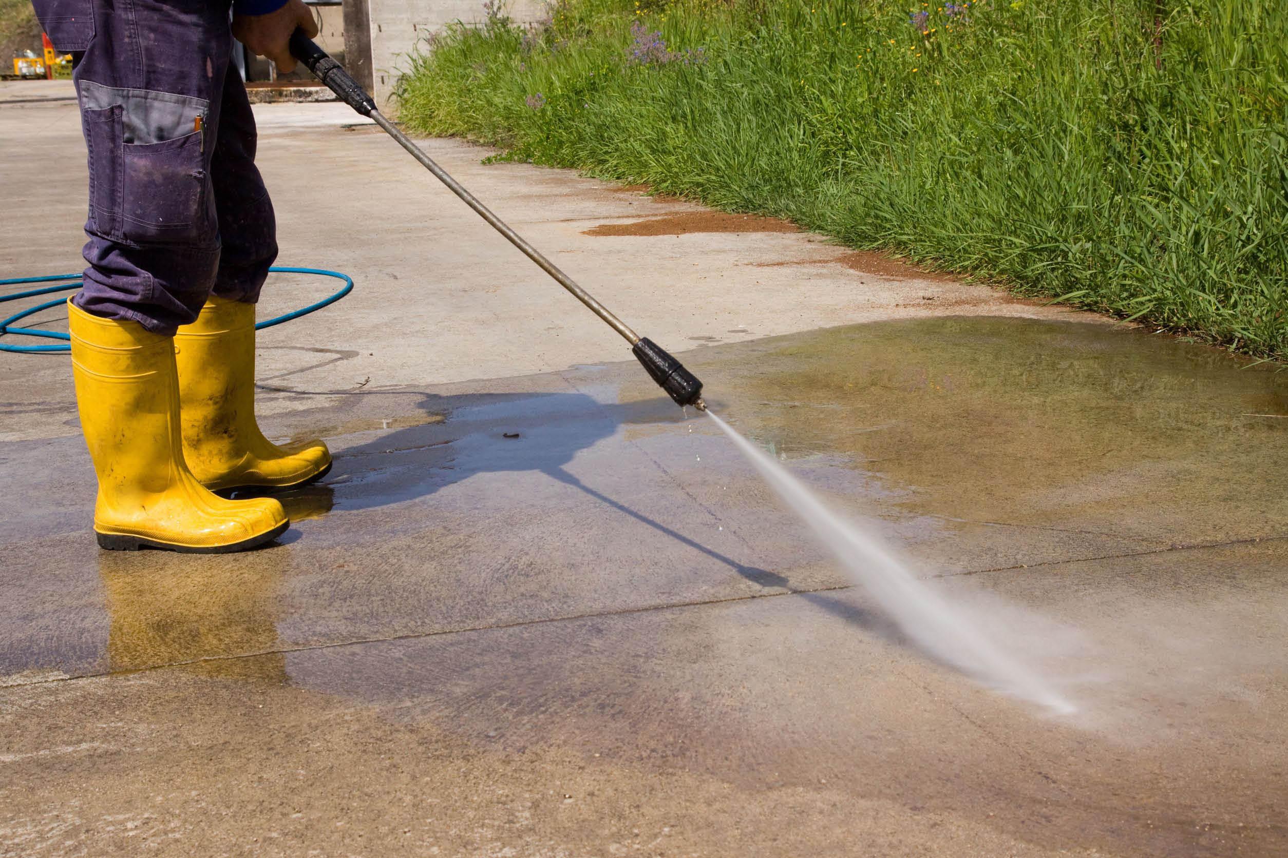Vinny's Gardening Service - power washing - pressure washing - Kent, WA