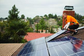 Rooftop solar panel installation in Tampa Bay, FL