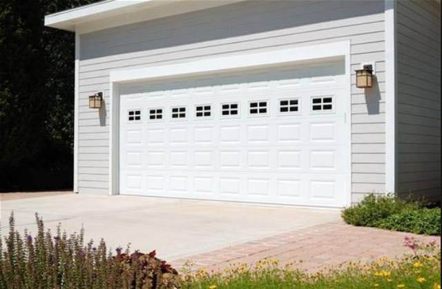 Professional custom garage door installation