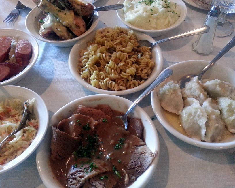 appetizers; dinners; coffee; desserts; full bar in Niles, IL