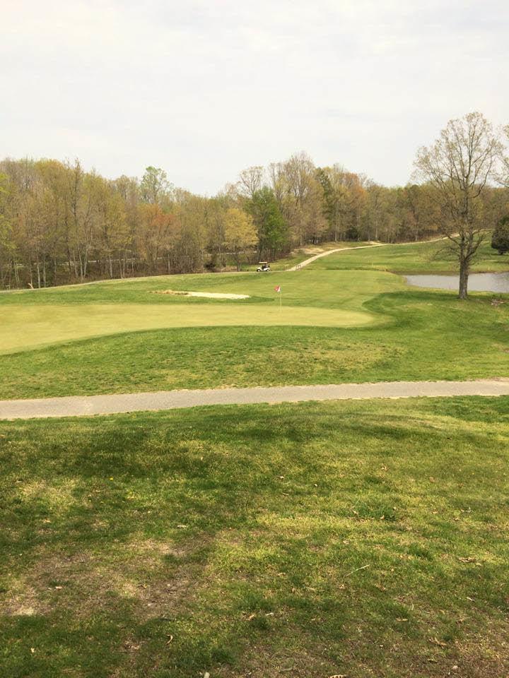18 hole golf course in Southern Maryland, Bermuda Grass fairways