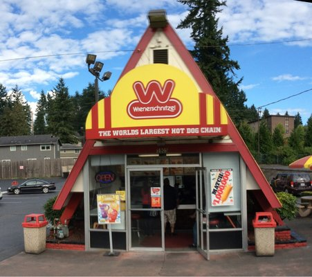 Wienerschnitzel's A-Frame location in Everett, WA