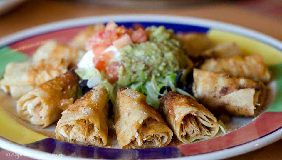 Plaza Santa Fe Mexican Grill in Woodinville, WA - delicious, authentic Mexican food - Taquitos