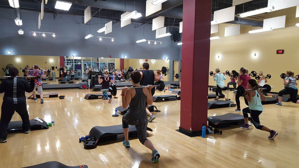 Group fitness classes and weight lifting close to Cedar Rapids, IA