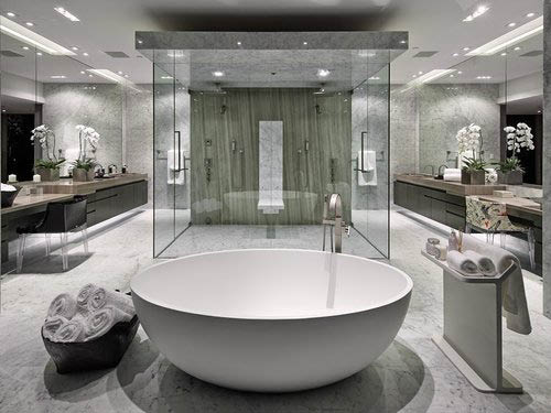 Luxurious bathroom in Valencia, CA