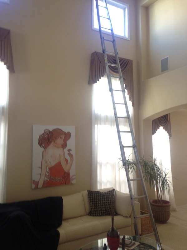 Interior screen and window cleaning from All-Pro in San Diego