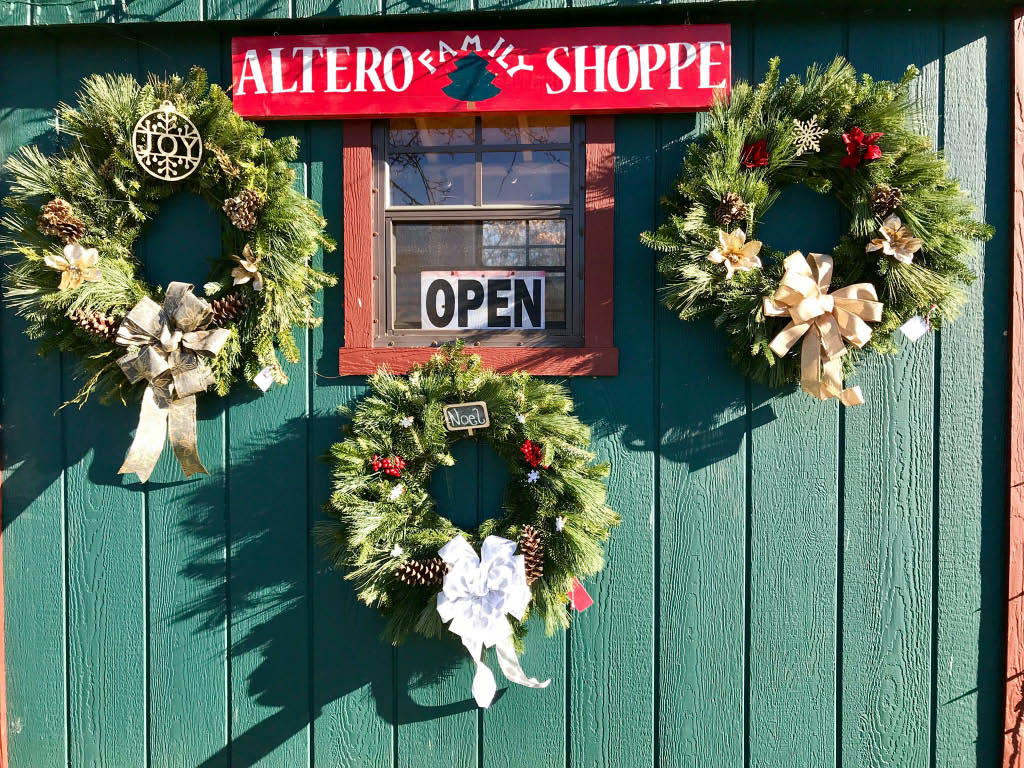 Altero Family Tree Shoppe custom decorated wreaths in State College, PA