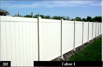 White Vinyl straight top fence