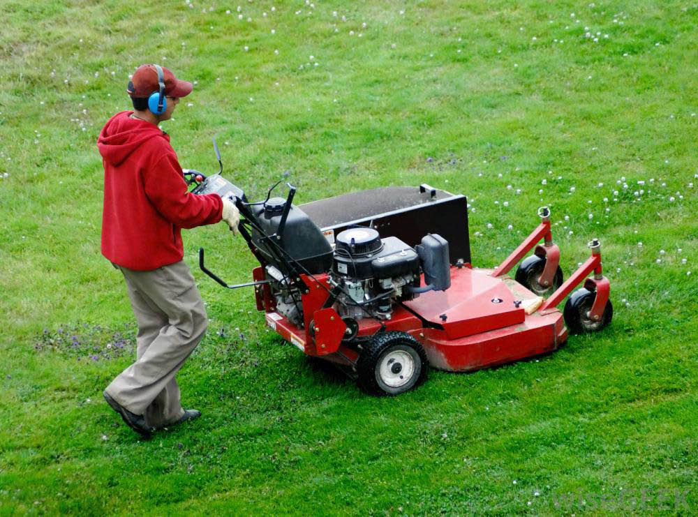 lawn mowing service; woodbridge, va