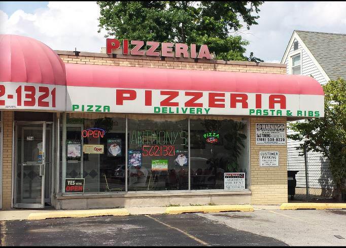 Anthony's Pizzeria exterior in Melrose Park