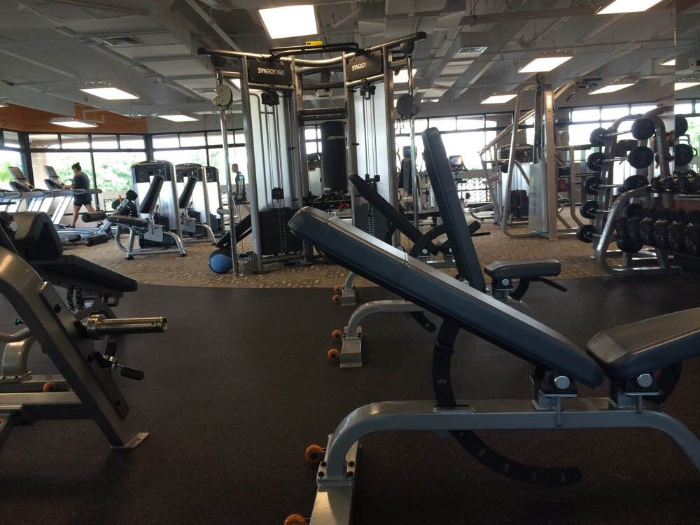 Anytime Fitness in Kailua, HI gym interior