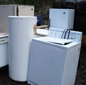 Junk Pros will remove your old appliances from your yard.