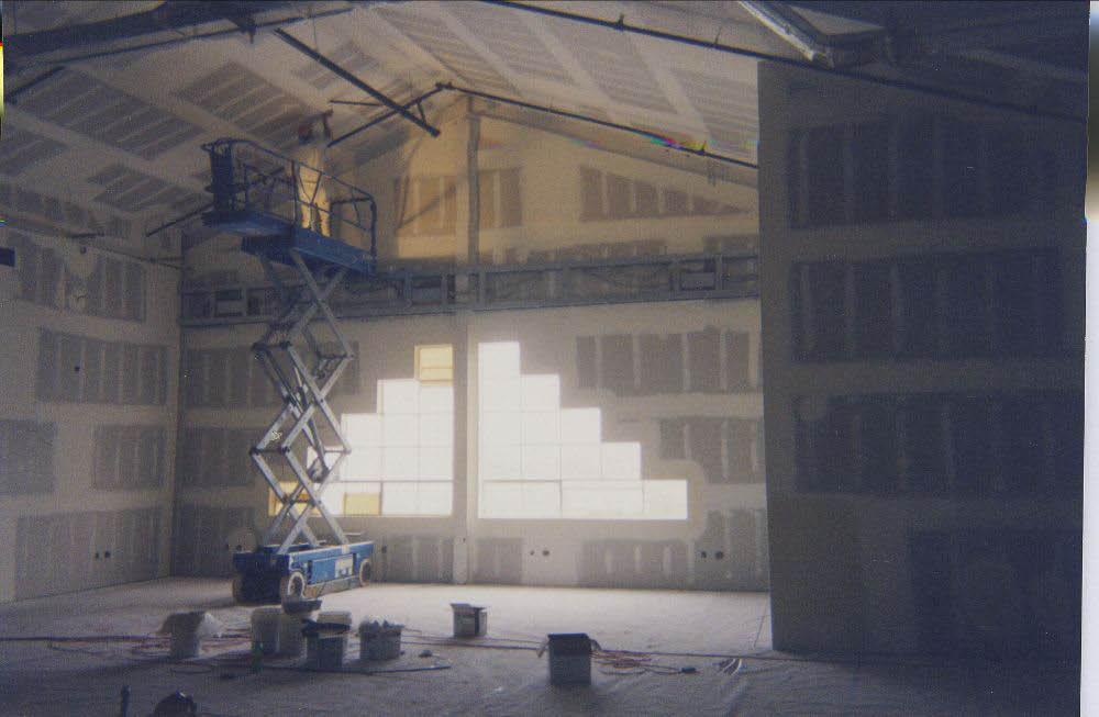 Scaffolding painting for high pitched ceilings