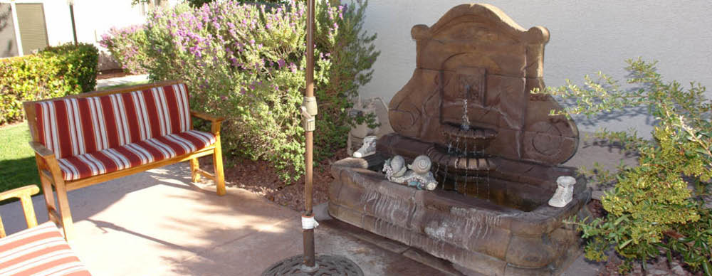 quiet sitting area with fountain at Pacifica Senior Living Green Valley in Henderson, NV; retirement communities Nevada