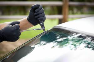 Auto Glass Masters toledo ohio broken glass windshield repair
