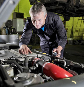 Quickly diagnose and repair your car or truck problems in Warwick, RI