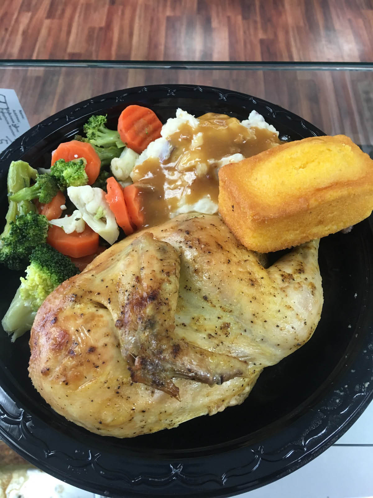 Homestyle meals at Avocados Always Fresh. Whether it's chicken, steak tips, turkey breast, barbecue ribs or meatloaf they all come with your choice of sides.