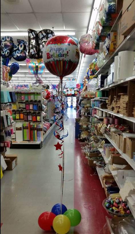 balloon arch,balloon arch in glenside,helium tanks,helium tanks in glenside,helium tank rentals,glenside,bridal umbrellas,bird cages,wedding invitations,
