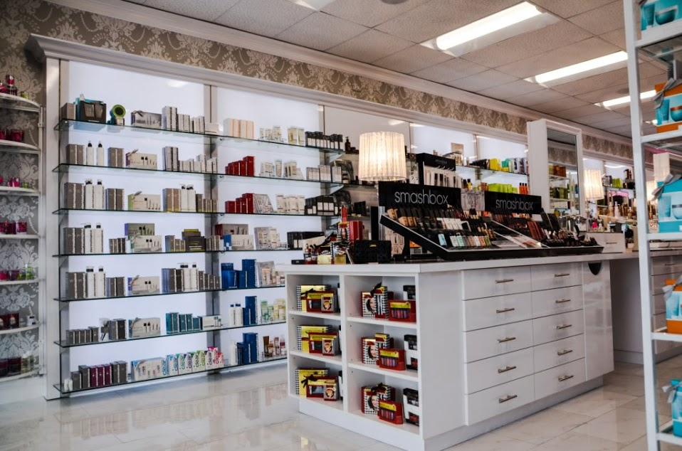 Find the perfect beauty supply store at Planet Beauty in Del Mar, CA Anastasia Too Faced Philosophy Beauty Blender Smashbox Moroccan Oil Nuface Peter Thomas Roth