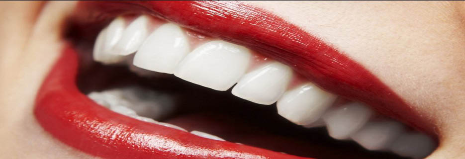Fresh white teeth smile with red lips banner