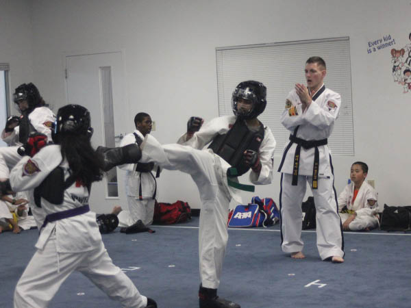 Black Belt Academy Academy teens karate.