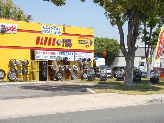 oil changes at our Santa Fe Springs, CA location