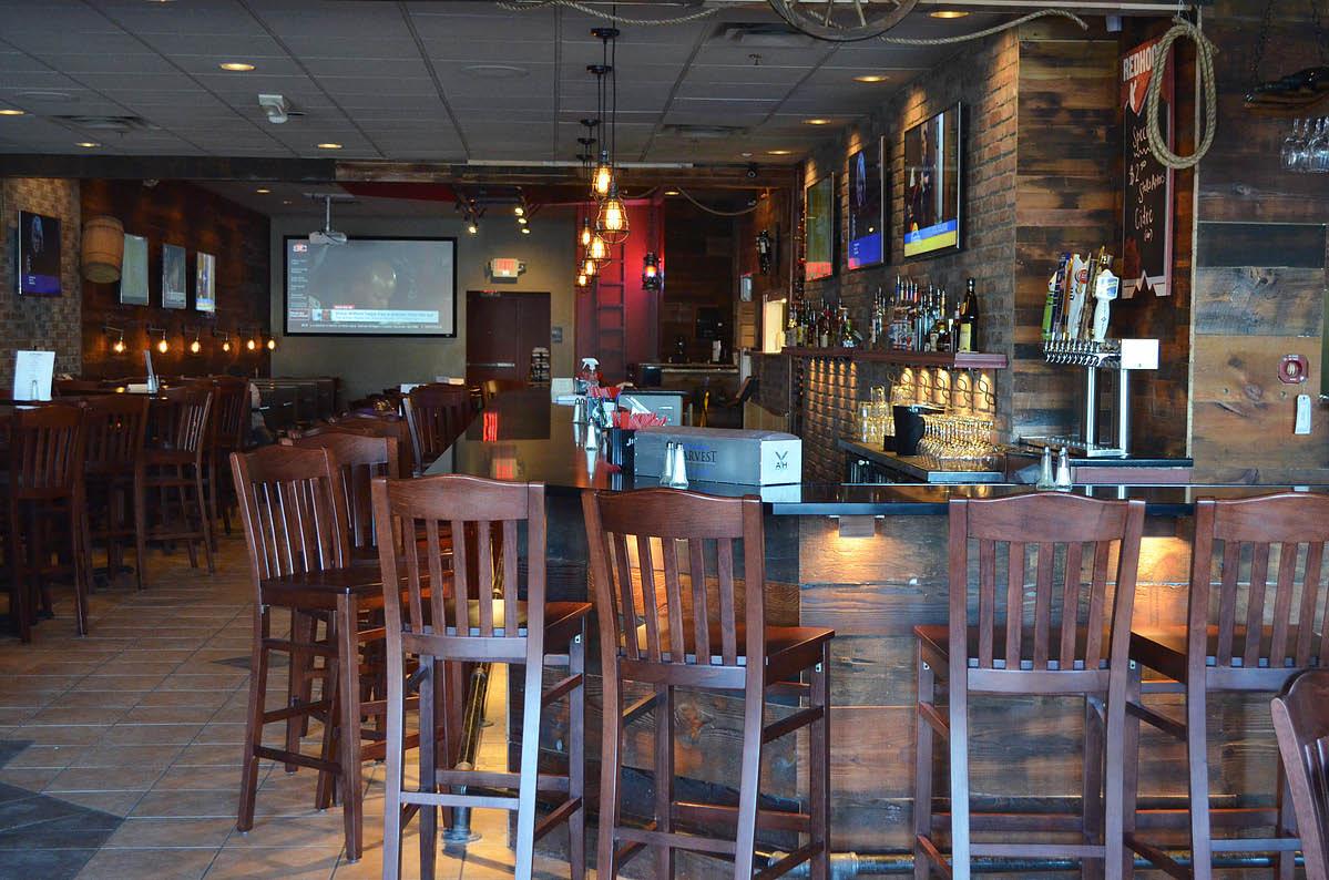 brick house bar and grill sharonville cincinnati ohio