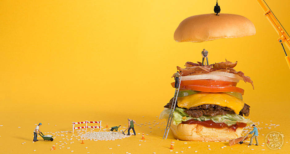 hamburger, cheeseburger with toppings and the bun dropping down on top; Build A Burger; Omaha, Nebraska