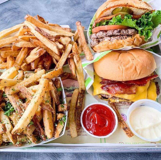 burger restaurant 2, burgerfi franchise, burgerfi delivery, burger delivery, burger king shirt,