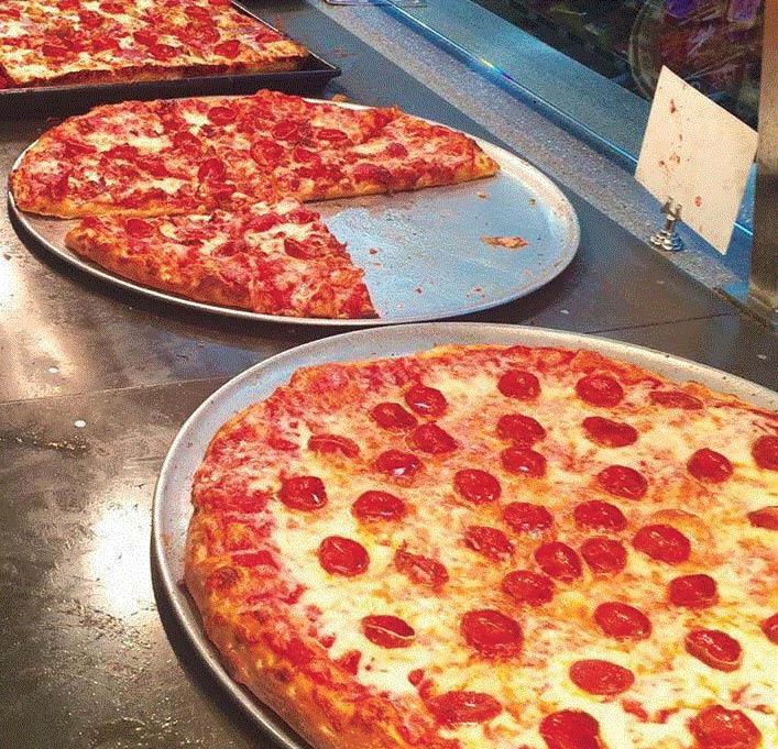 Many pizza options at Buscemi's Utica, MI